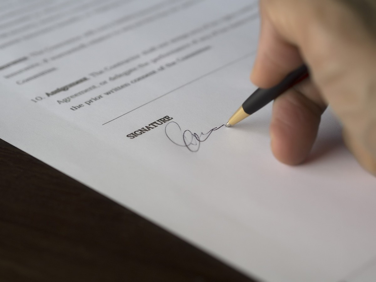 contracts and verbal agreements music