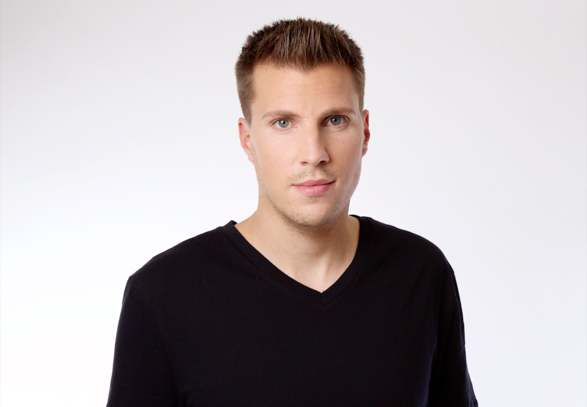 Paul Mattis X-Change EDM producer DJ headshot